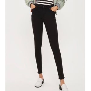 NWT // Topshop Black Leigh Skinny Jeans